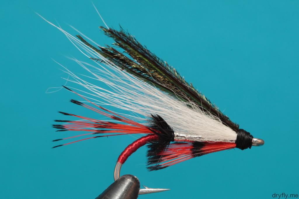 dryfly.me.2013.10.22.ryg_tag_red