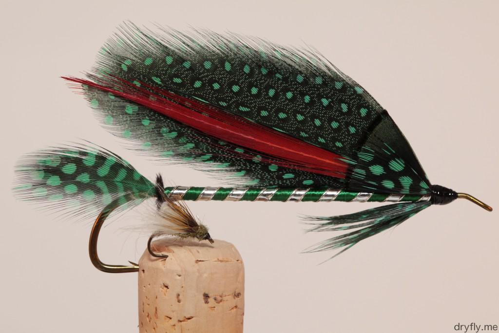 dryfly.me.2013.10.27.green_guinea_streamer_w_dryfly