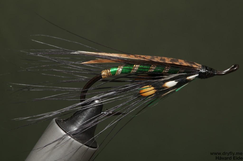 dryfly.me.2014.04.13.spey_green