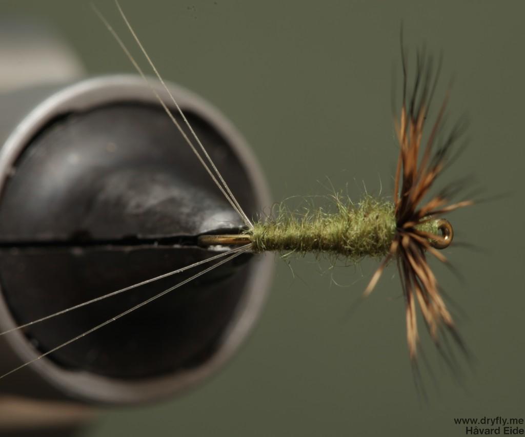 2014.09.04.dryfly.me.baetis_comparadun_top_16