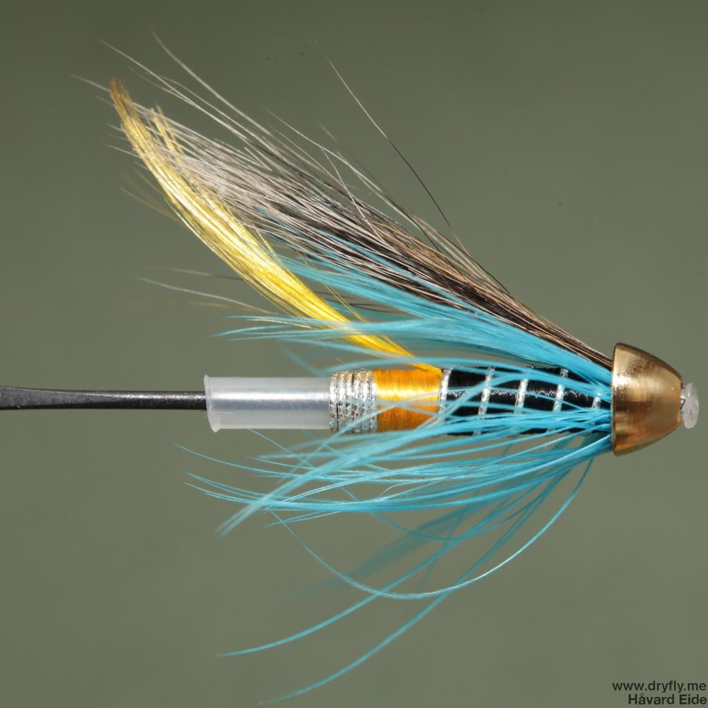 2015.01.17.dryfly.me.blue_charm_tube