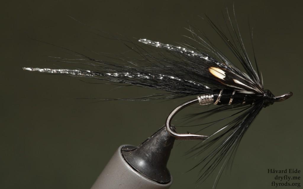 2015.06.06.dryfly.me.cascade_black